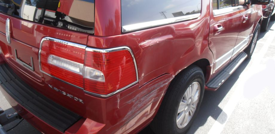2007 Lincoln Navigator Right Quarter & Bumper Damage: $8900. The tailight, bumper & quarter panel were replaced ($2000 in parts), and there was inner structural damage as well.
